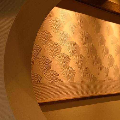 館内:飾り壁
