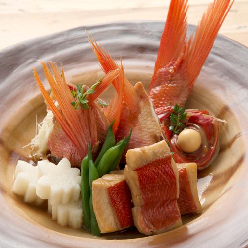 【京会席一例】煮物:金目鯛の煮付