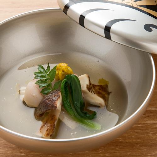 【京会席一例】椀物:松茸お吸い物