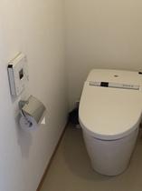 離れ客室トイレ一例