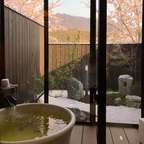【2号館:春】くるみのお部屋からは、桜を見ることができます♪