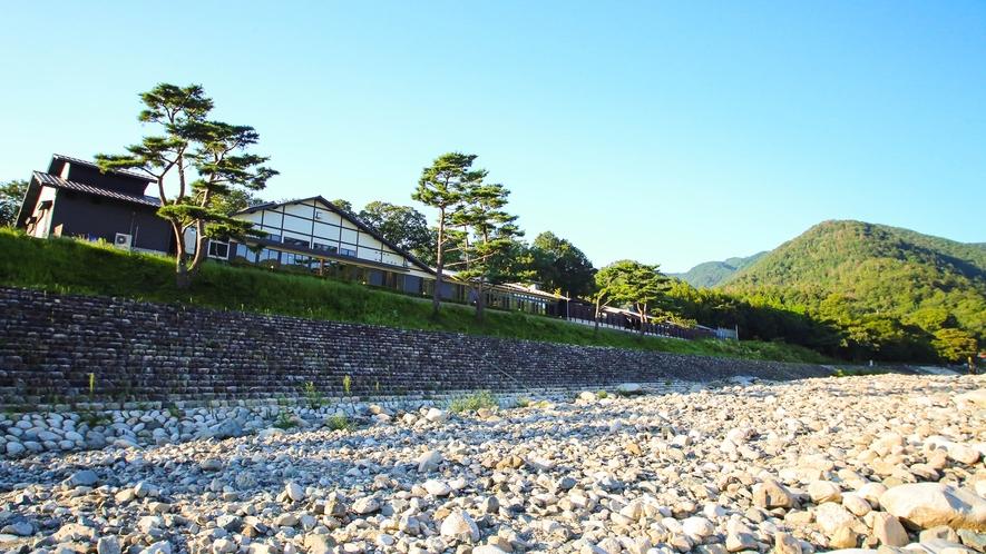 *愛知川から見た永源寺温泉!