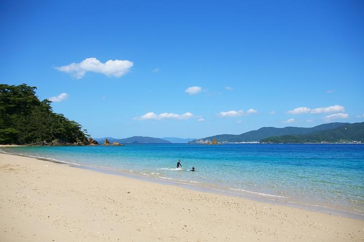 加計呂麻島の渡連(どれん)ビーチ