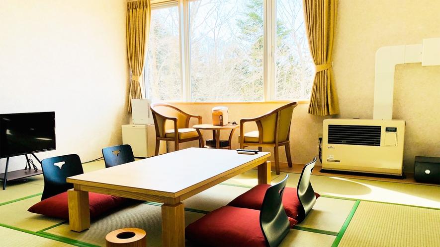 和室12.5畳(一例)/2~4名様向けの広いお部屋です。