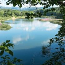 *ピリカダム湖/当館より車で約2分、晴れた日には美しい眺めを堪能!