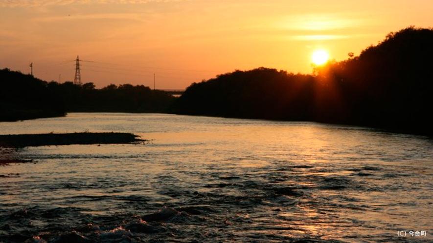 *後志利別川/美しい夕暮れの景色。カメラを片手に出かけてみませんか?