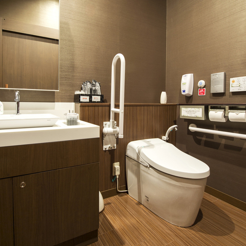 【1F】無段差バリアフリー対応トイレ