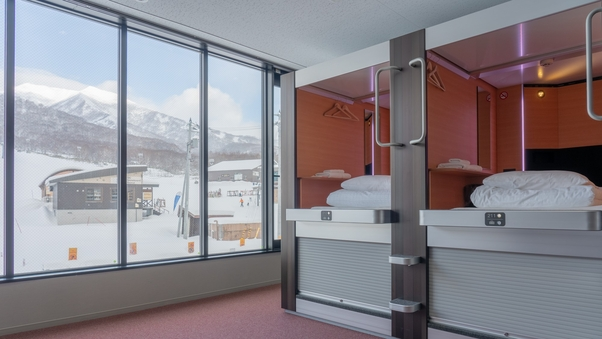 【隣室確約】 シングルカプセル2部屋分(男女混合)