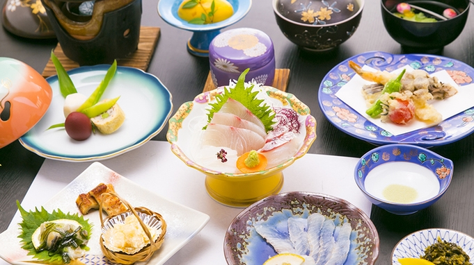 【竹園旅館特選!】〜季節の会席B(フグ刺し付き)〜料理長が作る自慢の味を堪能あれ!