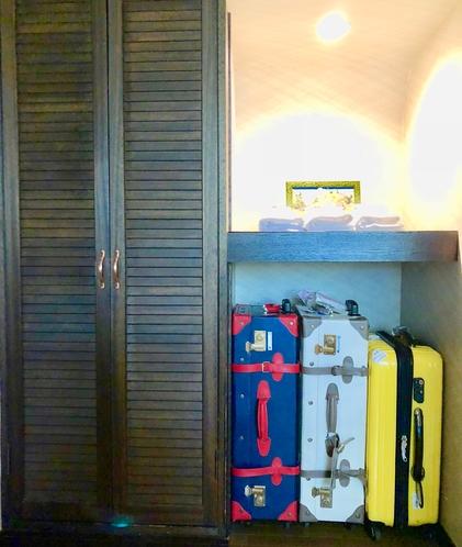 〜本館Appi Life〜お部屋ではスーツケースもキャリーバッグも収納出来ます♪