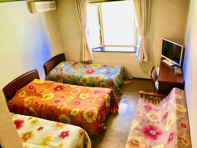 〜本館Life502号室〜全室に冷暖房のエアコンと至福の床暖房が備わっております〜