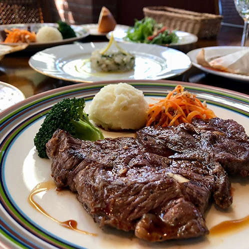 ・岩手県産黒毛和牛のステーキ