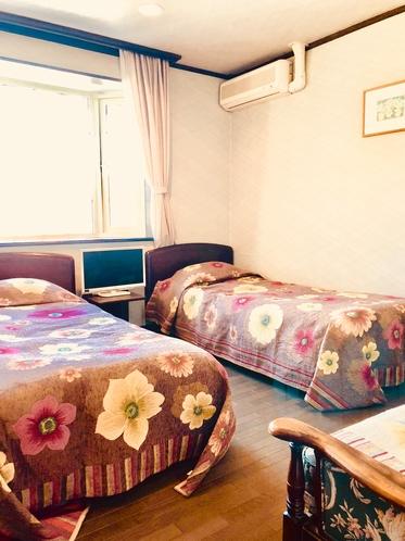 本館Appi Life〜is Beautiful〜のソファー付ツインRoom♪504号室となります。