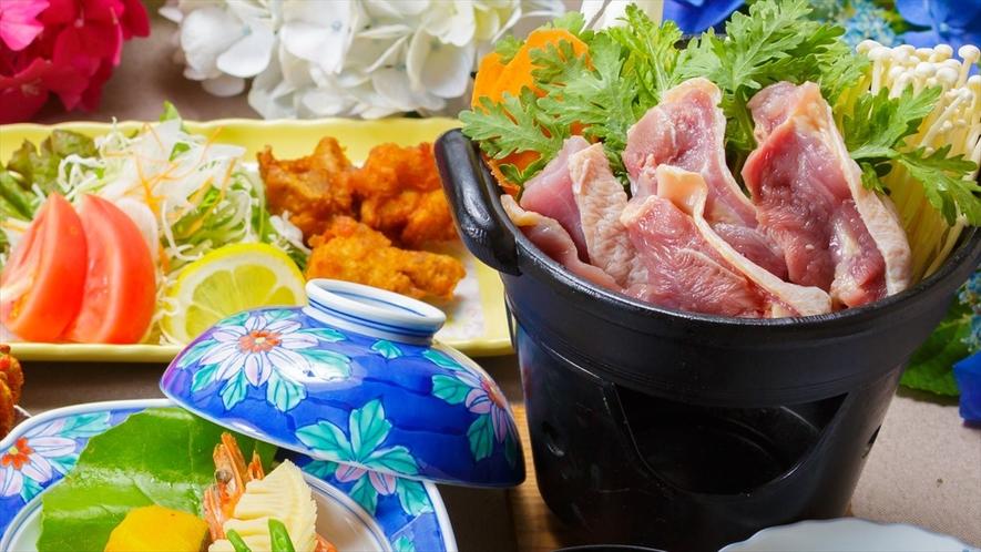 ●地鶏「豊のしゃも」のすき焼き