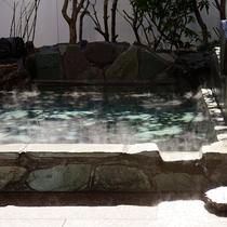●[貸切露天]椿の湯