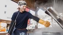 """*海鮮市場""""蒸し釜や""""/熱いのでゴム手袋は必須です。"""
