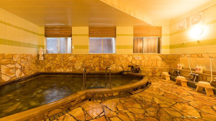 *【大浴場】なめらかな湯心地で、肌にさらりとなじみます。
