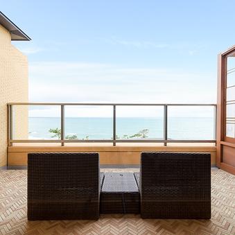 ホテル棟3階洋室オーシャンビュー【58平米+露天風呂付】