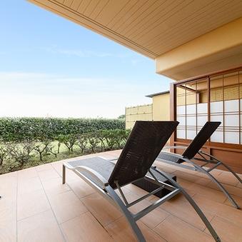 ホテル棟1階ガーデンビュー和洋室【58平米+露天風呂付】