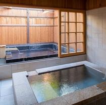 B1.531浴室と露天風呂