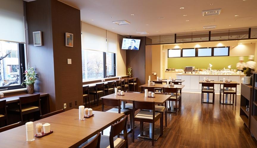 ■レストラン「Hatago」営業時間6:30~9:30最終入店9:00 62席(カウンター席あり)