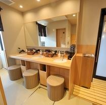 ◆男性大浴場パウダーブース