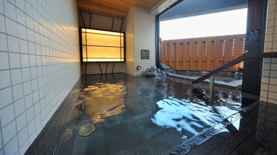 【男性】 内湯(41℃) ※超軟水風呂