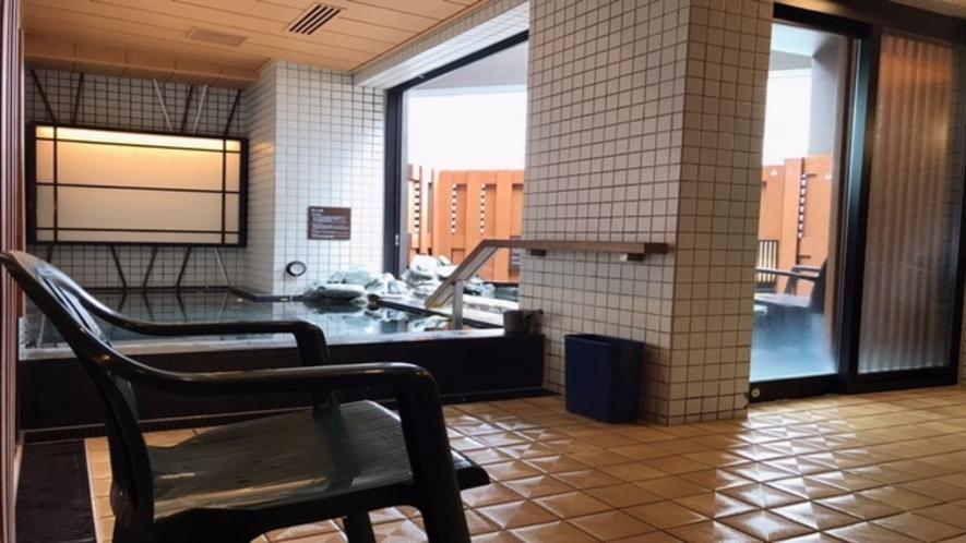 男性大浴場大浴場ととのい椅子(内湯1 露天1)