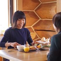 ■朝食アメリカンスタイルで