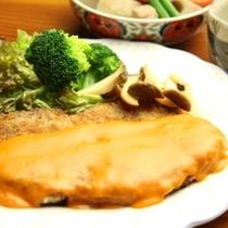 夕食、豚肉のディアーブルソース