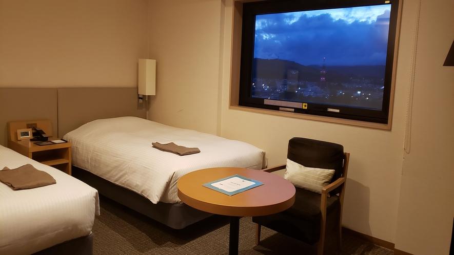 ラージツインルーム/27㎡(120cmのベッドが2台です)