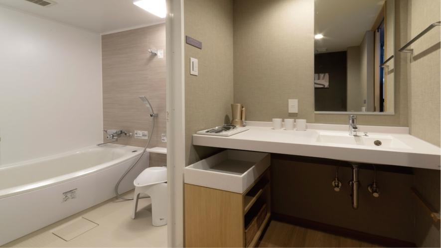 ツインルーム&ラージツインルーム(洗面台&お風呂)