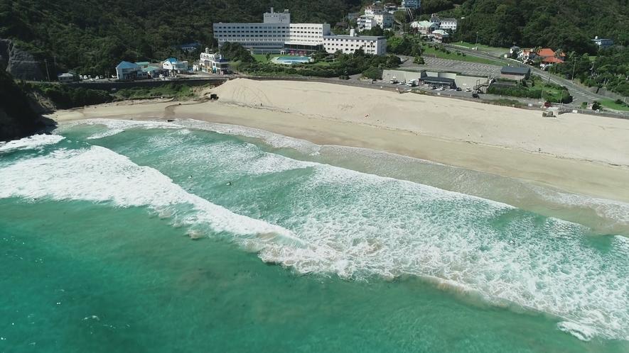 白浜上空からドローン撮影