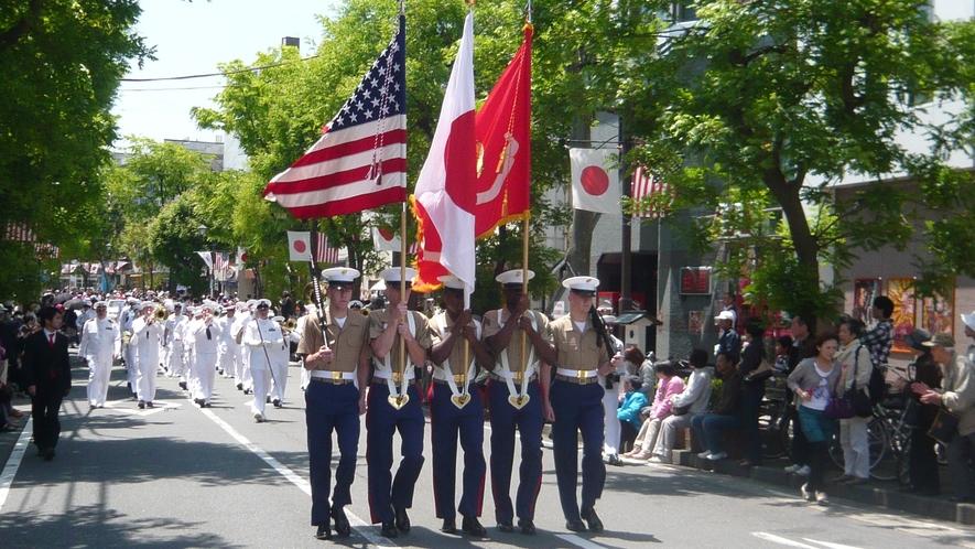 黒船祭 パレード