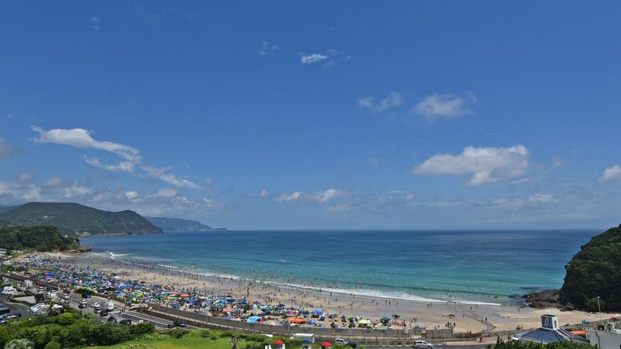 夏の白浜海岸