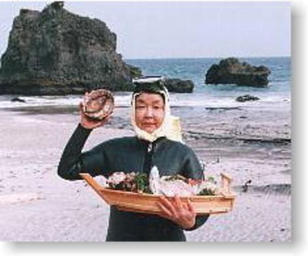 新鮮な魚介類をぜひ♪