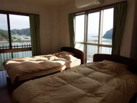 海の景観、夕陽が望めるお部屋