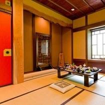 【客室】 スタンダードタイプのお部屋は全部で4室。和室と囲炉裏の間の2間続きです