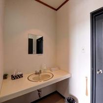 *お部屋/便利な独立タイプの洗面所_洋室シングル