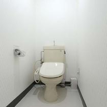 *お部屋/トイレは温水洗浄機能付き_洋室シングル