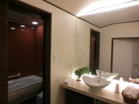 1階和室【竹】6畳、8畳、9畳 バス・トイレ付