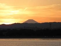 八景島シーパラダイス から見た夕焼けの富士山