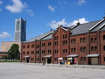 桜木町駅より 赤レンガ倉庫 イベントの多い人気のスポットです。