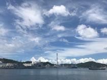 横須賀、人気の「軍港めぐり」