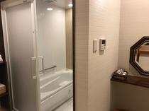 【梅月】専用のお風呂です。1階にリフォームいたしました。