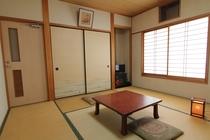 部屋(8畳、6畳)
