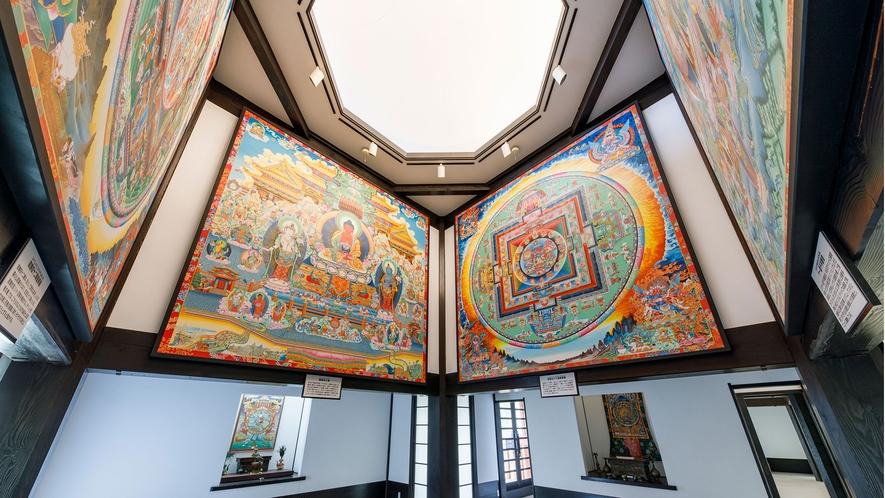 瞑想の郷/曼荼羅壁画