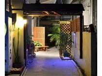 玄関-木戸