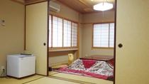 *【部屋】二間続きの広々とした和室14畳のお部屋でございます