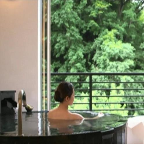 客室露天風呂1
